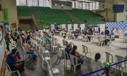 Barranquilla recibe vacunas para primeras dosis