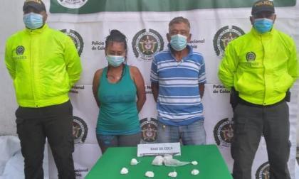 Capturan a una mujer y a un hombre con droga en Sabanalarga