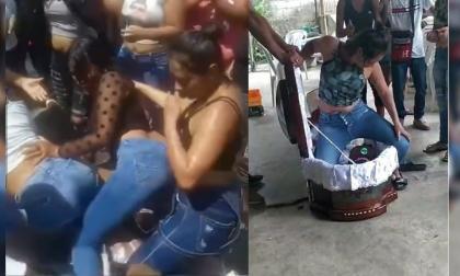 A ritmo de reguetón: mujeres despiden a difunto bailando encima del ataúd