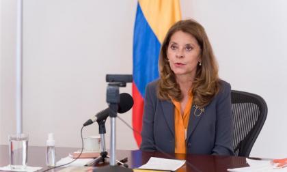 """""""La mujer debe estar en el centro de la reactivación"""": vicepresidenta"""