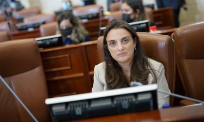Ministra Abudinen afirma que su responsabilidad consiste en destapar corrupción en el Mintic