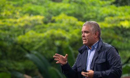 Lo que es claro es que las disidencias tienen al teniente en Venezuela: Duque