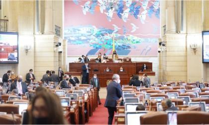 Senado y Cámara niegan archivo de la tributaria