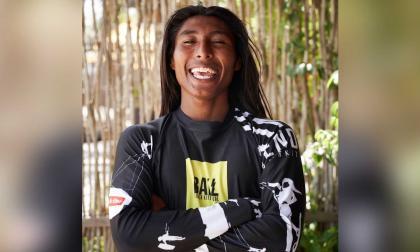 Surfista wayuu se destacó en competencia de Brasil