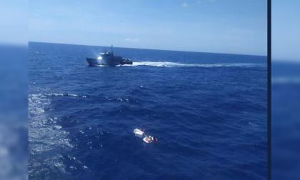 Niños fueron encontrados aferrados al cadáver de su madre tras naufragar en Venezuela