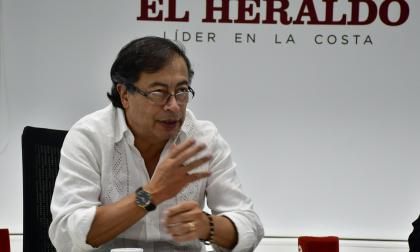 """""""Colombia Humana existe, con o sin personería"""": Petro"""