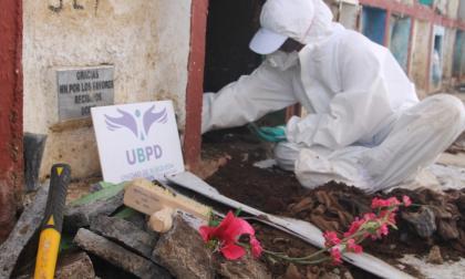 Unidad de Búsqueda inició intervención en el cementerio de Puerto Berrío