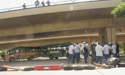 Alcaldía de Soledad rechaza actos de inseguridad contra conductores de buses