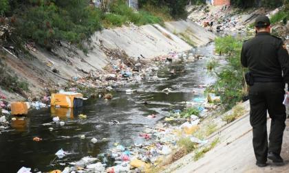Menor habría sido arrastrado por un arroyo en Santo Domingo