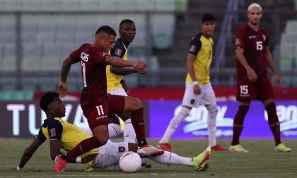 Ecuador perdió por 2-1 ante Venezuela en Caracas