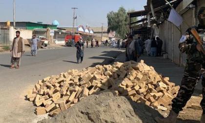 Al menos 32 muertos y 50 heridos en un atentado en una mezquita en Afganistán