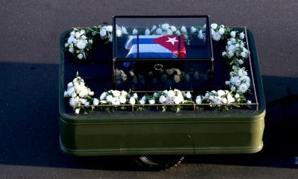 En Imágenes: Así comenzó el recorrido de cuatro días de las cenizas de Fidel Castro