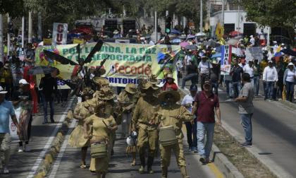 Docentes marcharon en Barranquilla en apoyo al paro nacional