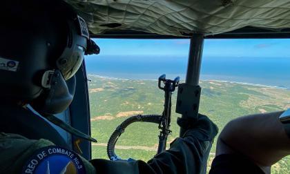 Desde el aire, Fuerza Aérea resguarda a poblaciones del Atlántico