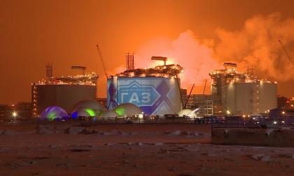 En video | La gigantesca planta de gas natural que Rusia construyó en el Ártico