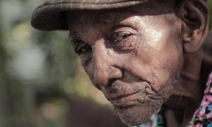 En Gamero, Bolívar, familiares y amigos de Magín Díaz le dan su último adiós