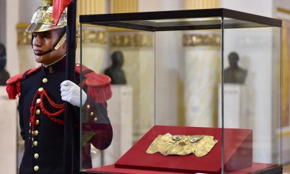Perú logra recuperar máscara de oro precolombina restituida por Alemania