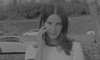 Escucha lo nuevo de Lana Del Rey, 'Mariners Apartment Complex'