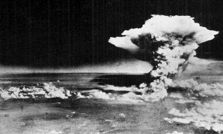 Foto facilitada por el Museo Conmemorativo de la Paz de Hiroshima que muestra la explosión de la bomba atómica sobre Hiroshima, fotografiada por el Ejército estadounidense el 6 de agosto de 1945.