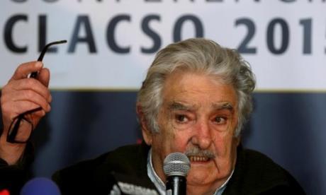 """Pepe Mujica dice que apoya """"fervorosamente"""" el proceso de paz en Colombia"""