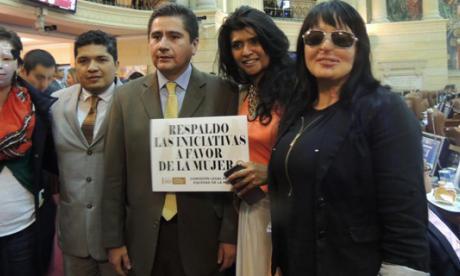 Ley contra ataques de ácidos espera sanción presidencial
