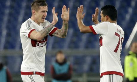 Carlos Bacca y Cristian Zapata jugaron los 90 minutos con el AC Milan