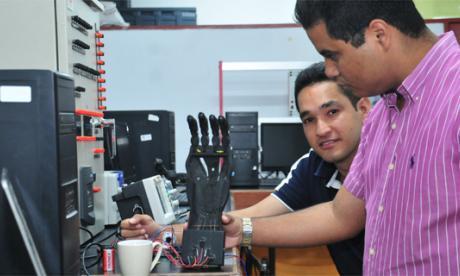Crean una mano robótica para ayudar a discapacitados