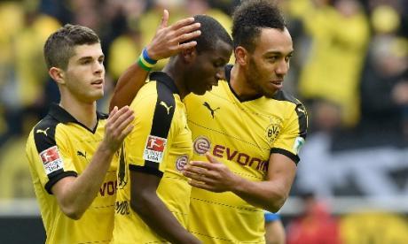 Adrián Ramos brilla con dos goles en triunfo del Borussia Dortmund