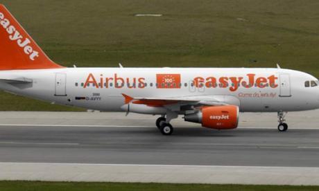 Ocho meses para un pasajero ebrio por amenazas en vuelo de easyJet a Málaga