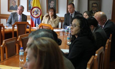 Comisión de Seguimiento a la Ley de Víctimas socializa informe de control de la norma.