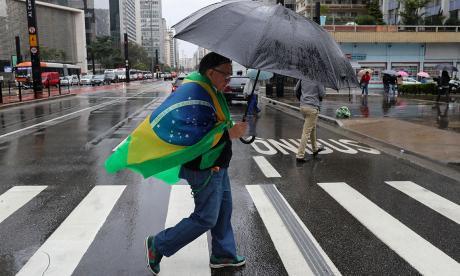 Temer hereda un Brasil dividido y en recesión