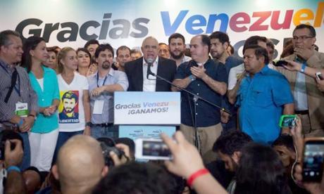 Cancillería hace un llamado al diálogo entre el gobierno venezolano y la oposición
