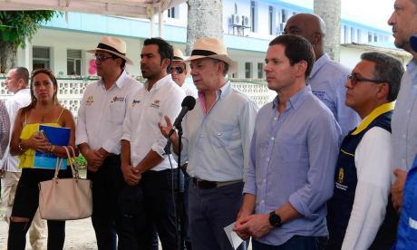 Santos en su visita obras de estabilización, reducción y mitigación de riesgos.