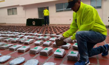 Prisión domiciliaria a dos fiscales y cuatro agentes del CTI por presunta pérdida de coca