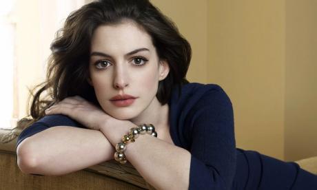 """Anne Hathaway podría ser la próxima """"Barbie"""""""