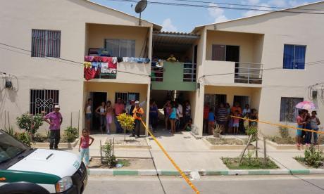 Denuncian la venta de casas gratuitas en Sucre