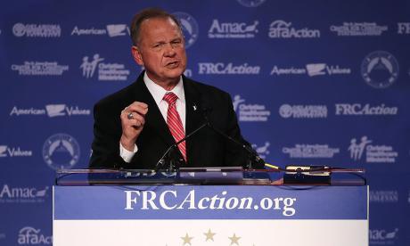 Candidato al Senado de EEUU, señalado de acoso sexual a menores