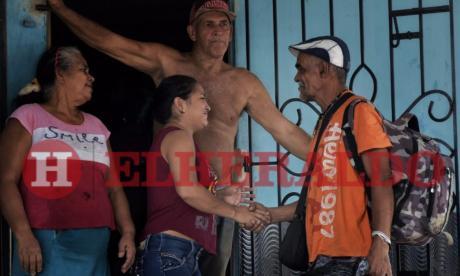 """Exclusiva EL HERALDO   """"Me acusaron de paramilitar y me pegaron en la cabeza con un palo """": deportado de Venezuela"""