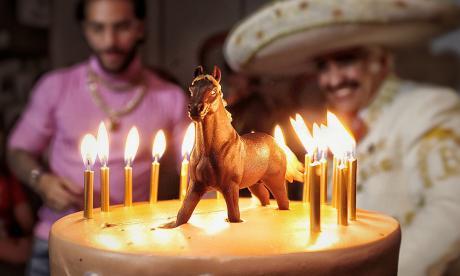Durante su cumpleaños, Maluma confirma su noviazgo con modelo cubana
