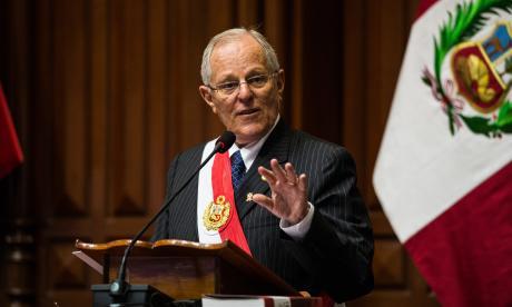 Kuczynski declara ante comisión legislativa sobre lazos con Odebrecht