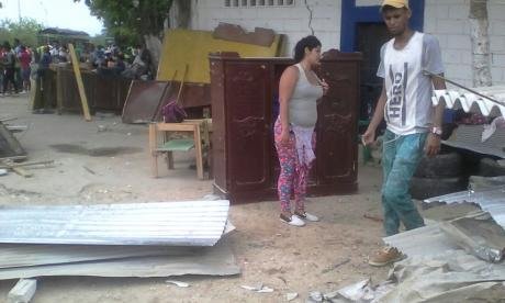 Desalojan a 35 invasores de la ronda del arroyo El Salao