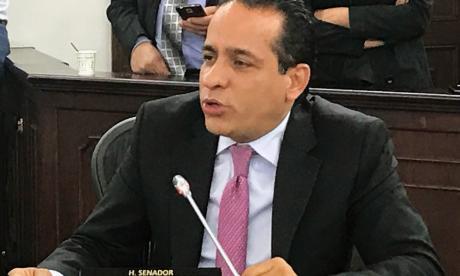 Senador Alexander López denuncia atentado a su esquema de seguridad