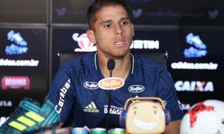 Gustavo Cuéllar renovaría con Flamengo hasta 2022