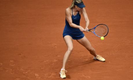 Sharapova elimina a Pliskova y espera a Serena en octavos en París