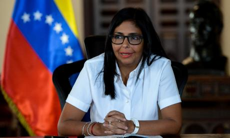 """Delcy Rodríguez, entre los 11 sancionados con medidas """"selectivas"""" por la UE"""