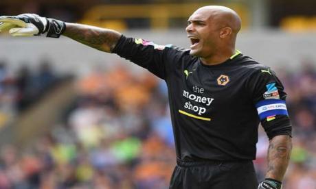 Carl Ikeme, portero internacional nigeriano del Wolverhampton inglés.