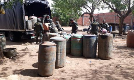 El combustible ilegal incautado.