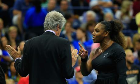 Serena, multada con 17.000 dólares por polémico comportamiento en final de US Open