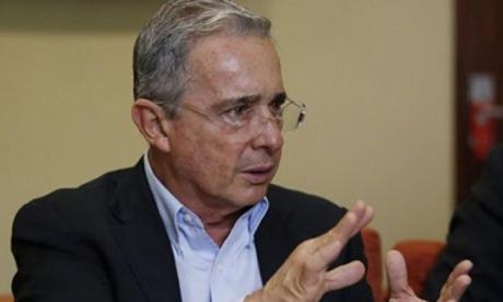 Defensa de Álvaro Uribe interpondrá recurso contra Gustavo Petro