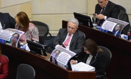 Plenaria de Senado, uribismo apoya a Carrasquilla.